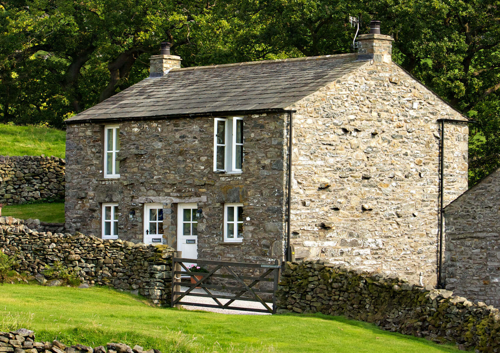 mill house cottages location